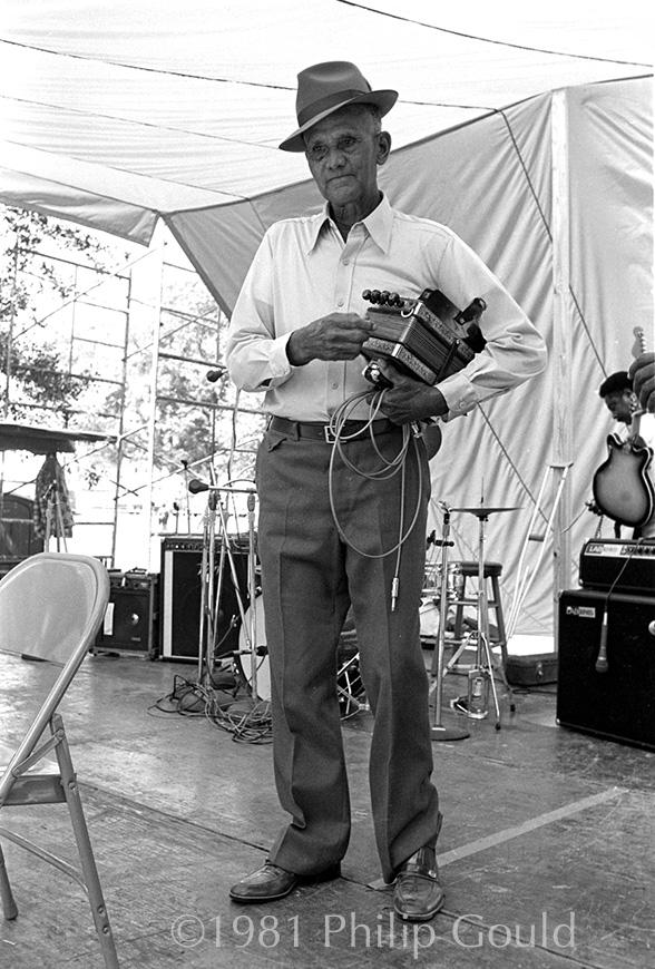 Creole music, Festivals Acadians, Creole people, Freeman Fontenot